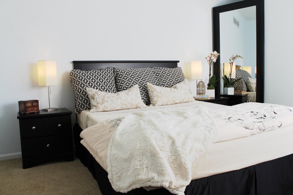 guest bedroom staging after