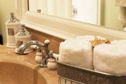 bathroom2_detail_staging